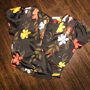 ~NWOT~ LUSH Cropped Floral Blouse